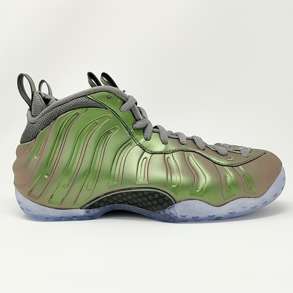 buy online 0a844 0ecab Nike WMNS Air Foamposite One Shine AA3963-001